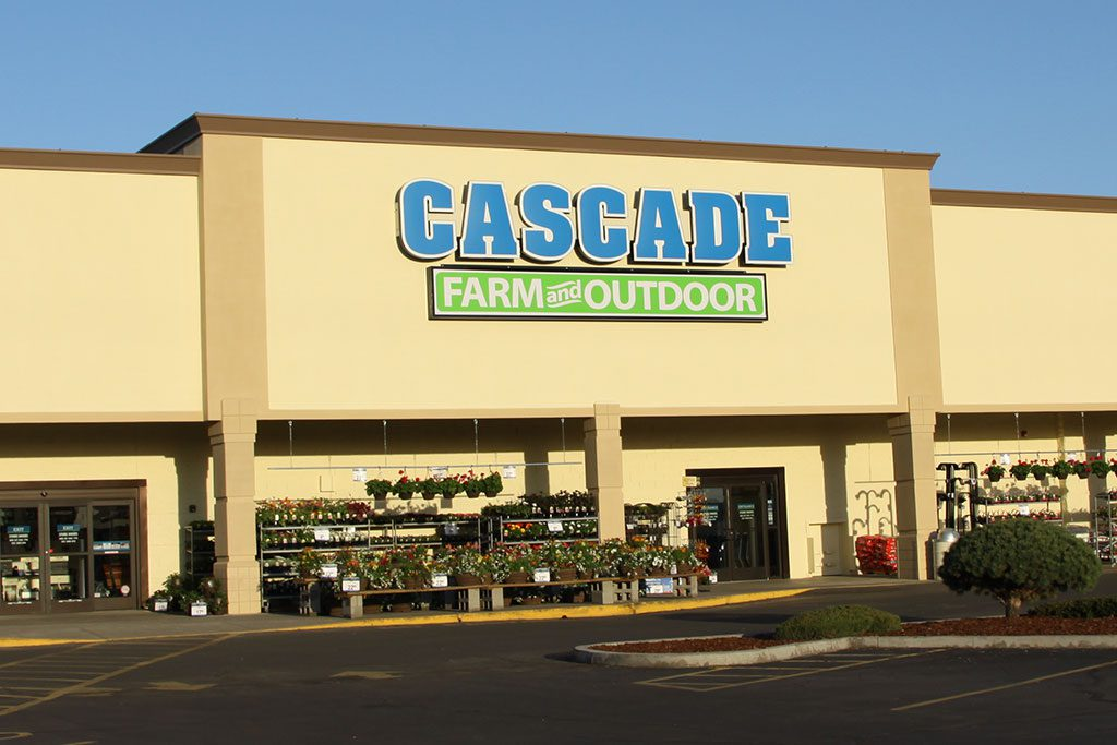 Cascade Farm and Outdoor retail store